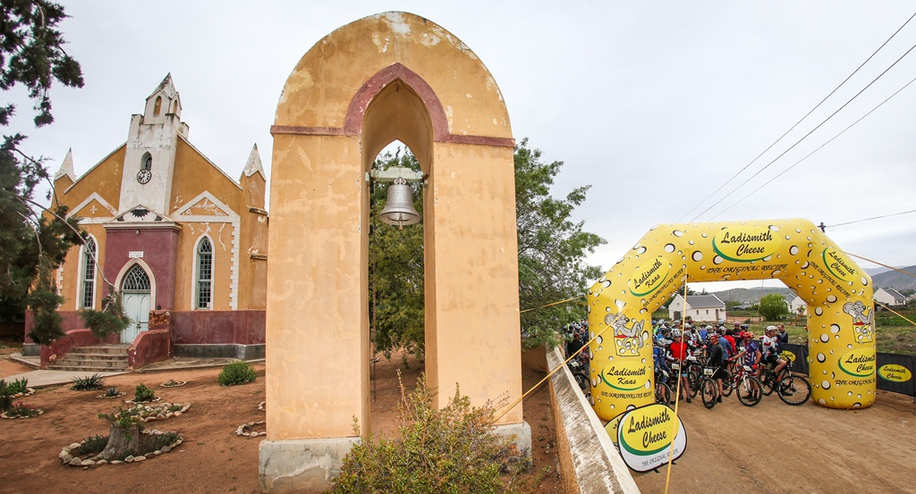The Ladismith Cheese 7Weekspoort MTB Challenge starts next to the old Lutheran church in Amalienstein, on the 30th of September 2017. Photo by Oakpics.com